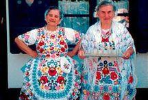 Kleidung der Welt   Folklore Kleider / Kleidung ist so vielfältig auf der Welt, es fasziniert und inspiriert mich immer wieder ...   ... ethnic textiles and clothing