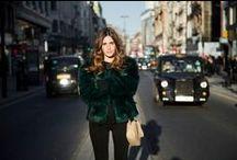 Gala González / Gala González  es un español socialite , blogger , diseñadora de moda y DJ. Ella es la sobrina del diseñador español Adolfo Domínguez . Ella se hizo popular por su blog de moda y su influencia en la industria debido a su estilo y fotografías.