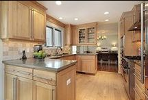 Kitchen Remodeling / Design your dream kitchen for a fraction of the cost. Cabinet restyling will save you TIME And MONEY!