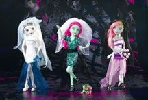 Monster High Knock Offs / by Andrea Reed