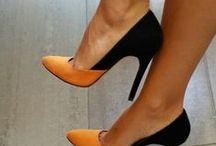 Zapatos , Botas , etc / by Liliana Cristina Gonzalez Urrutia