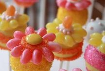 Candy Crafts / Super sweet edible crafts to make and munch on.