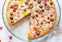 Candy Inspired Recipes / Recipes that incorporate candy for an extra dose of sweetness!