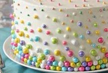 Candy Cakes / Cakes bedazzled with eye-catching candies.