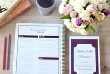 Paper Planners / Beautiful planners for organizing home, school and life. Meals, cleaning, appointments and life in general.