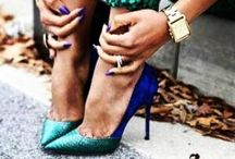 Shoe ADDICT / by Nini Dos Santos