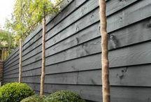 Verf je schutting / Paint Your fence / Een schutting die je saai vindt kun je eenvoudig een gezellig kleurtje geven met dekkende beits van #wijzonol