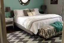 Verf je Slaapkamer / Paint your bedroom / Met een andere kleur op je muur heb je binnen een handomdraai een nieuwe slaapkamer om in weg te dromen.