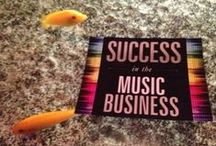 The Artists Guide to Success in the Music Business / The Artist's Guide to Success in the Music Business, 2nd Edition, is a detailed analysis of the subjects that all musicians should understand and apply in order to pursue a successful and sustainable career in music today. Full of practical advice, this music industry guide provides comprehensive details on how to achieve self-empowerment and optimize your success in today's music business.  / by Loren Weisman