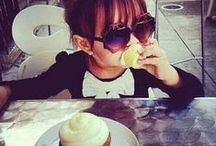 <3 My Sweet Cupcakes <3 / Keep calm and eat cupcakes, then eat another xD