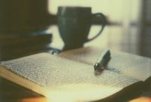 Writing / Nádobíčko a lákadla pro spisovatele.