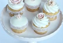 Karen's Cake & Cupcake Decorating Tips & How To's / by Karen Lawrence