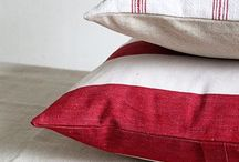 Pillo - TRICOLORE / Vintage Red, White and Blue Homewares