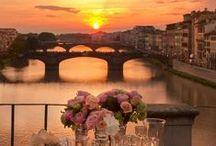 Romantic spaces for two / Romantic spaces for two