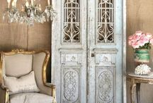 French ~ / French decor ~