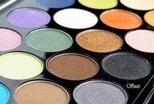 Eye Shadows & Palettes