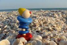 Piro on Tour / Welches Kind träumt nicht davon? Die Welt entdecken, viele Länder bereisen und an neuen Aufgaben wachsen. Unser Piro erzählt hier von seinen Erlebnissen rund um den Erdball. Interesse, selbst mit Piro um die Welt zu reisen? Hier geht's zu unserem Piro: haba.de/piro