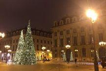 PARIS : NOËL & LUXE // / Une ballade dans le Paris Luxissime des fêtes, Place Vendôme et rue de la Paix.  Oublions pour un instant toute grisaille et emplissons nos yeux de lumières !