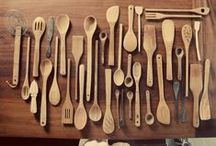 Cookware and Delicious recipes / Cooking tech and awesome recipes. Wood! / by Clara Bellino