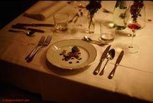"""Kitchensurfing Dining Experience / """"Kein #Restaurant ist gemütlicher als der eigene #Esstisch"""" – die #Philosophie der #Kitchensurfing #Dining #Experience ging voll auf. Sowohl die #Gastgeber, als auch die #Gäste lernten sich in lauschiger und leckerer #Atmosphäre kennen und verbrachten einen wundervollen #Abend gemäß dem Motto: one #night – 10 #chefs – 10 #menus – 10 #homes"""