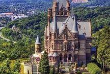 Castles / by Sonia Vasseur
