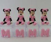 Minnie Rosa ou Vermelha / Lembrancinhas em biscuit tema minnie.