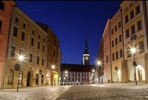 Olomouc / I like to walk through the night. I love the light and color of the night. It was a beautiful warm night and my heart was filled with pleasure.