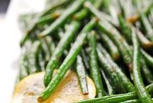 Food: Sides / Side dishes / by Laura Machado