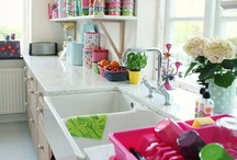 kitchens... nice / by Marina Junqueira