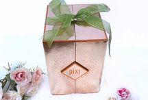 Pixi Beauty / Marca de maquiagem francesa, com produtos de ótima qualidade e preço justo. (Entregam no Brasil)
