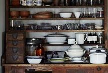 k i t c h e n / kitchens. rustic. vintage. antique. cabin. open. airy. dark.