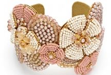 Vintage jewelry / I love especially that of the great American costume jewelry Miriam Haskell