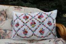 Kalocsai tableclothes and pillows - kalocsai terítők és párnák