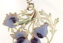 Disegni, bozzetti e progetti di gioielli / Jewels: rendering | sketches | projects | design / by Luna Amarillis