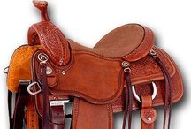 Horse riding equipment / Horse Riding equipment, for all you horse lovers outthere who wandt nice things for your loving horses. #ridingequipment #horseriding #rideudstyr #hesteudstyr #horseequipment #horsefashion #hestemode