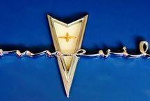 Pontiac / Estados Unidos (1926-2010) / by Esteban Bañuelos