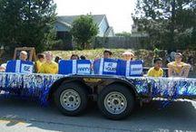 Libraries on Parade / Libraries join the fun at local parades.