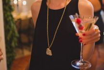 Cocktail hour | Dress up / To dress | To drink