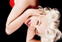 Movie Stars: Marilyn Monroe / by 💙Elizabeth VH💙