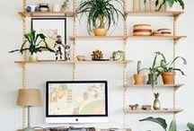 Habiller les murs / On les aime aussi parce qu'ils mettent en valeur nos précieux livres #déco #deco #etageres #bilbiotheque