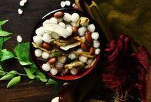 Sabudana Namkeen - Vrat Ki Namkeen / Sabudana namkeen is the most common vrat ki namkeen in Indian fasting snacks. This vrat ki namkeen is easily available in market during navratri vrat or any other Indian vrat season. But the sabudana / sago vrat ki namkeen available in market is full of oil and you never know what else ingredients. check our recipe at: http://www.snapcook.in/sabudana-namkeen-recipe-vrat-ki-namkeen/