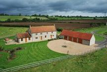 Lower Hedge Farm  / Stunning property set down a private track surrounded by fields and sheep. Sleeps 12 in 5 bedrooms.
