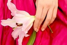 Delicate touch / Hands and jewellery