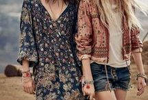 Festival looks / Looking for nice outfit inspiration for festivals? Take a look at this album!