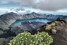 Mount Rinjani Hiking / Enjoying the hiking trip up to the peaks of Mount Rinjani 3726Masl located on the island of Lombok
