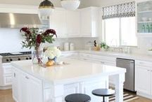 Kitchens / by Ever Thine Event Planning + Design