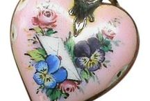 Jewelry: I ❤ Hearts / Jewelry depicting HEARTS ... vintage and contemporary.