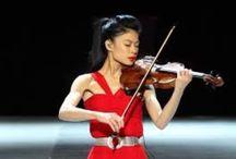 Vanessa Mae / Vanessa-Mae ist eine thailändisch-britische Geigerin und Sportlerin thailändisch-chinesischer Abstammung.