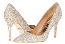 Chaussures FEMME / Une fois la robe choisie, il vous reste les bijoux ET les chaussures... Si vous êtes comme nous de grandes amatrices de chaussures, la tâche devrait être facile ! On vous donne quelques modèles qui nous font craquer ! #Mariage #Chaussures #EclatdeReves