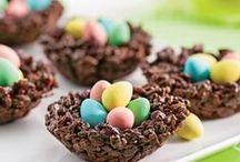 Pâques / On vous souhaite un joyeux week-end de Pâques à vous et à votre famille ! Mais attention à la crise de foie :) #Pâques #Décoration #DIY #Recettes #EclatdeRêves